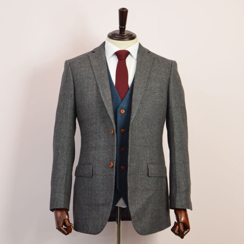 British Classic Grey Herringbone Plaid Tweed